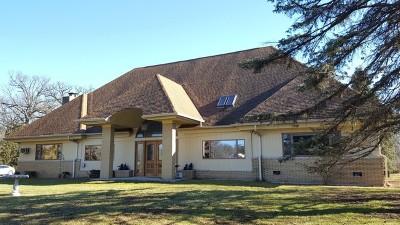 Mc Henry County Single Family Home For Sale: 2917 Deborah Lane