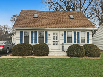 Downers Grove Single Family Home Contingent: 6231 Springside Avenue