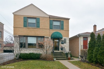 Chicago IL Single Family Home Re-Activated: $435,500