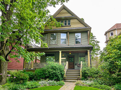Oak Park Single Family Home For Sale: 313 South Elmwood Avenue