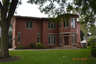 Skokie Single Family Home For Sale: 5245 Suffield Terrace