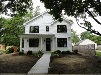 Geneva IL Single Family Home For Sale: $699,000