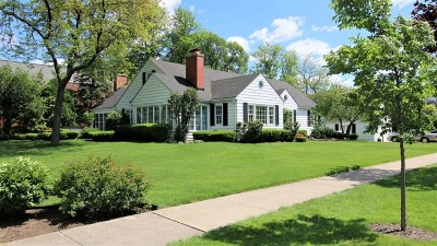 Elmhurst Single Family Home For Sale: 105 East May Street