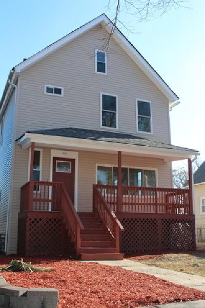 La Grange Single Family Home For Sale: 229 Sawyer Avenue