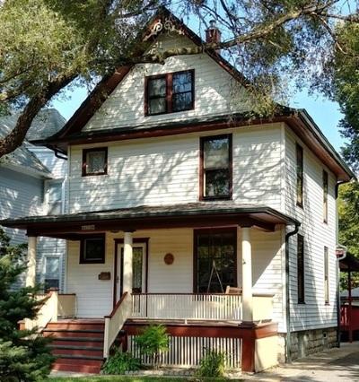 Oak Park Single Family Home For Sale: 622 Woodbine Avenue