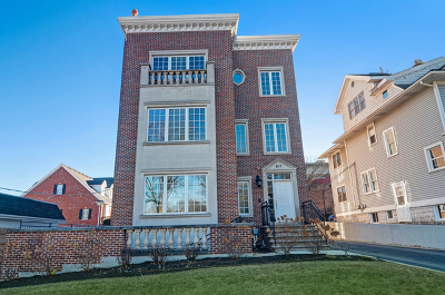 Hinsdale Condo/Townhouse Contingent: 107 South Grant Street #2