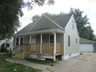 Lombard Single Family Home For Sale: 709 Columbine Avenue