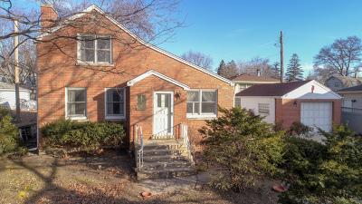 Downers Grove Single Family Home For Sale: 2432 Burlington Avenue