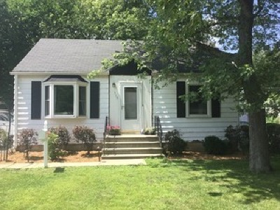 New Lenox IL Single Family Home For Sale: $169,900