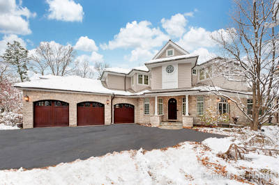 Glen Ellyn Single Family Home For Sale: 692 Crescent Boulevard