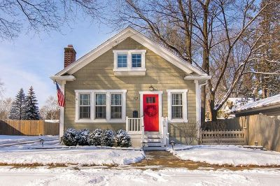 Batavia Single Family Home Contingent: 717 South Jefferson Street