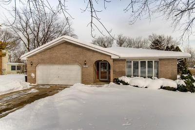 Darien Single Family Home For Sale: 6801 Bentley Avenue