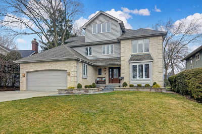 Clarendon Hills Single Family Home For Sale: 44 Waverly Avenue