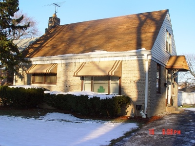 Westchester Single Family Home For Sale: 717 Hull Avenue