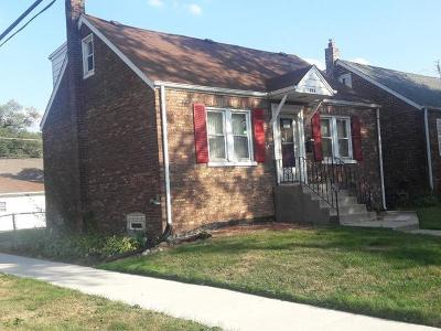 Lansing  Single Family Home For Sale: 18001 Oakwood Avenue