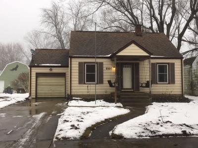 Kankakee IL Single Family Home New: $86,900