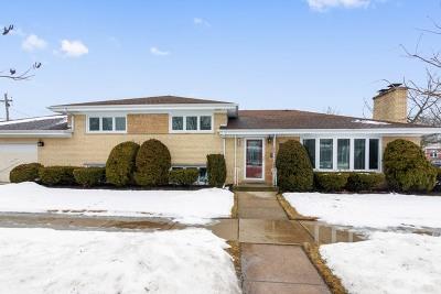 Skokie Single Family Home For Sale: 7400 Lowell Avenue