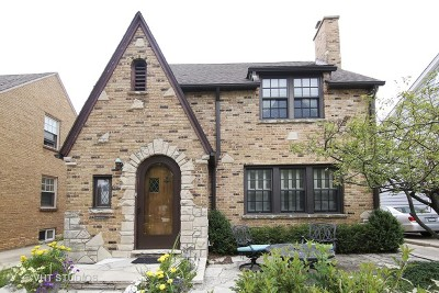 Highland Park Single Family Home For Sale: 609 Pleasant Avenue