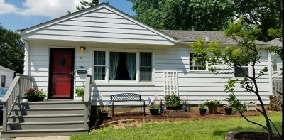 Bartlett IL Single Family Home New: $237,900