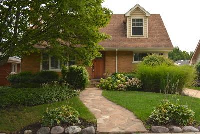 La Grange Single Family Home For Sale: 921 South Waiola Avenue