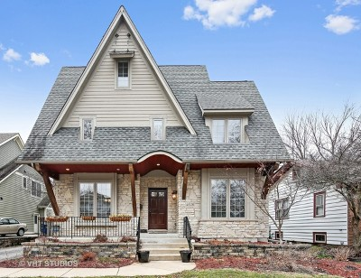 Downers Grove Single Family Home For Sale: 4616 Saratoga Avenue