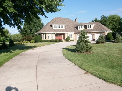 Single Family Home For Sale: 14n958 Whispering Trail