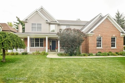 Arlington Heights Single Family Home Contingent: 709 North Arlington Heights Road