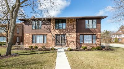 Deerfield Single Family Home For Sale: 434 Elm Street