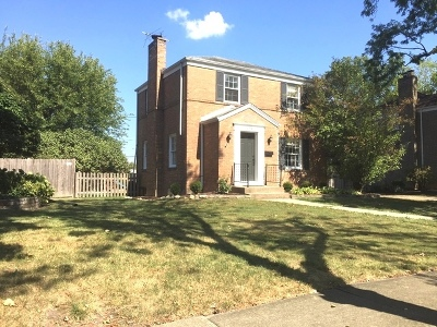 Clarendon Hills Single Family Home Contingent: 108 Algonquin Road