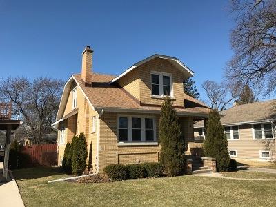 Elmhurst Single Family Home For Sale: 272 South Oakland Grove