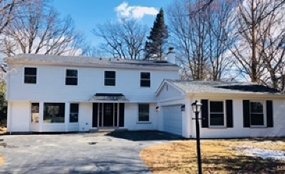 Lake Forest Single Family Home For Sale: 725 Timber Lane