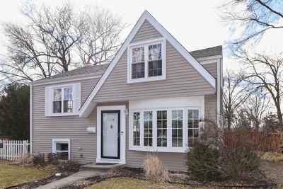 Elmhurst Single Family Home For Sale: 458 West Avery Street