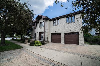 Skokie Single Family Home For Sale: 5125 Golf Road