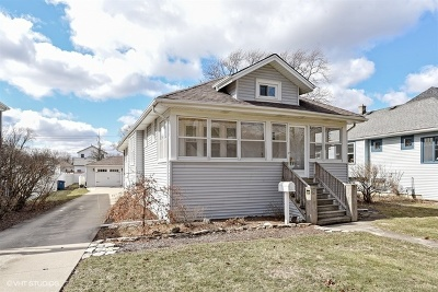 Elmhurst Single Family Home Contingent: 290 North Clinton Avenue