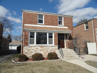 Chicago  Single Family Home For Sale: 2832 West 85th Place