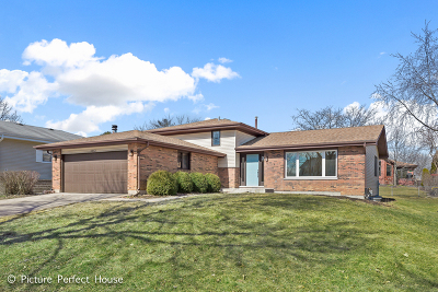 Downers Grove Single Family Home Price Change: 1612 71st Street