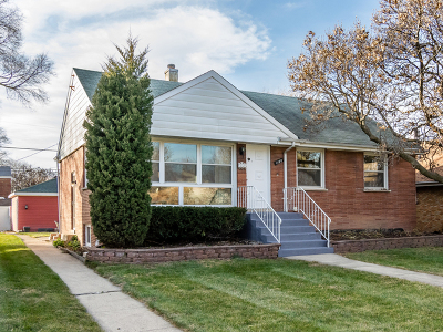 Westchester IL Single Family Home For Sale: $264,900