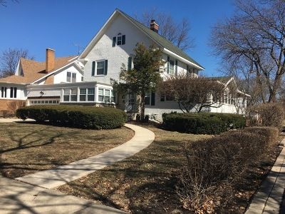 Elmhurst Single Family Home For Sale: 431 South Kenilworth Avenue