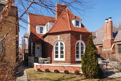 Oak Park Single Family Home For Sale: 1213 Columbian Avenue