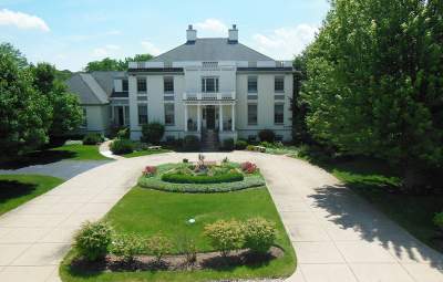 Glen Ellyn, Wheaton, Lombard, Winfield, Elmhurst, Naperville, Downers Grove, Lisle, St. Charles, Warrenville, Geneva, Hinsdale Single Family Home For Sale: 38w447 North Lakeview Circle
