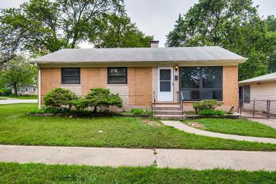 Thornton Single Family Home For Sale: 113 Bonnie Court