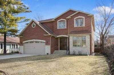 Skokie Single Family Home For Sale: 9643 Karlov Avenue