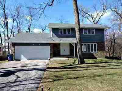 Elmhurst Single Family Home For Sale: 330 North River Glen Avenue