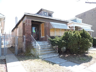 Single Family Home For Sale: 8527 South Drexel Avenue