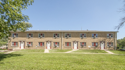 Kankakee Multi Family Home For Sale: 163 North Rosewood Avenue