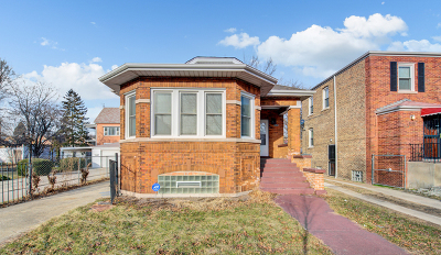 Single Family Home For Sale: 8434 South Colfax Street
