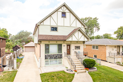 Oak Lawn Single Family Home For Sale: 8852 South 55th Court