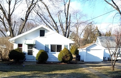 Elgin Single Family Home For Sale: 618 Cooper Avenue