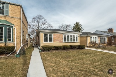 Skokie Single Family Home For Sale: 3912 Keeney Street