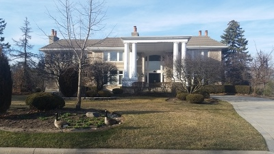 Oak Brook Single Family Home For Sale: 17 Natoma Drive